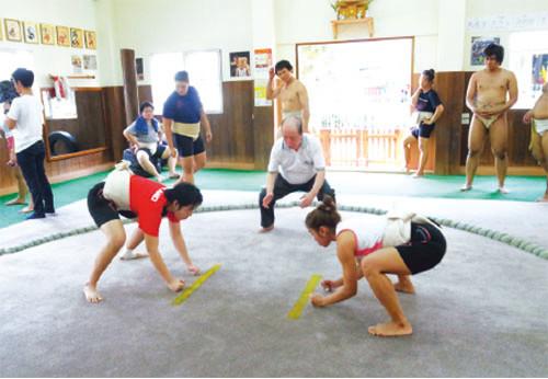 相撲は女性も平等に楽しめる競技という倉沢さん