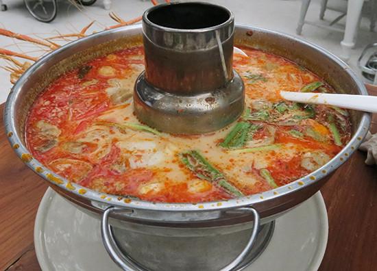 コクがあるスープのトムヤムクン