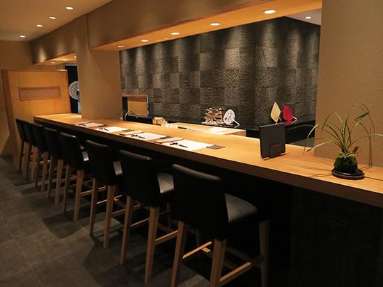 会席料理があり、個室も揃った日本料理店