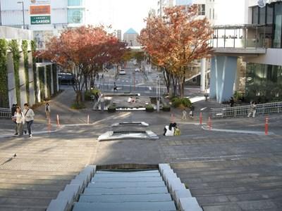 歴博への道