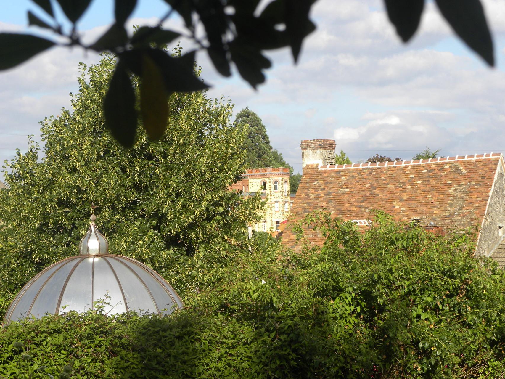 Une vue sur les toits