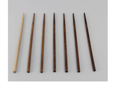 竹箸に拭き漆(摺り漆)