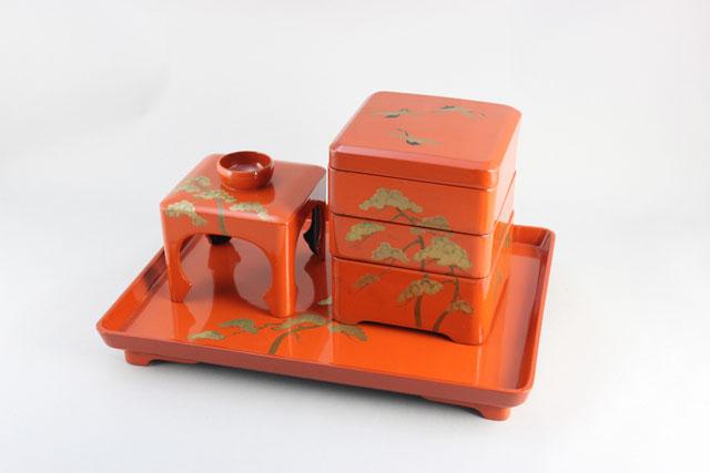 屠蘇器、重箱の部分漆塗り修理