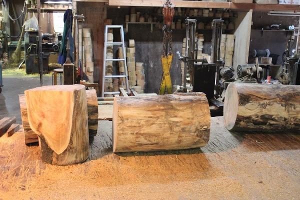 材木を切る
