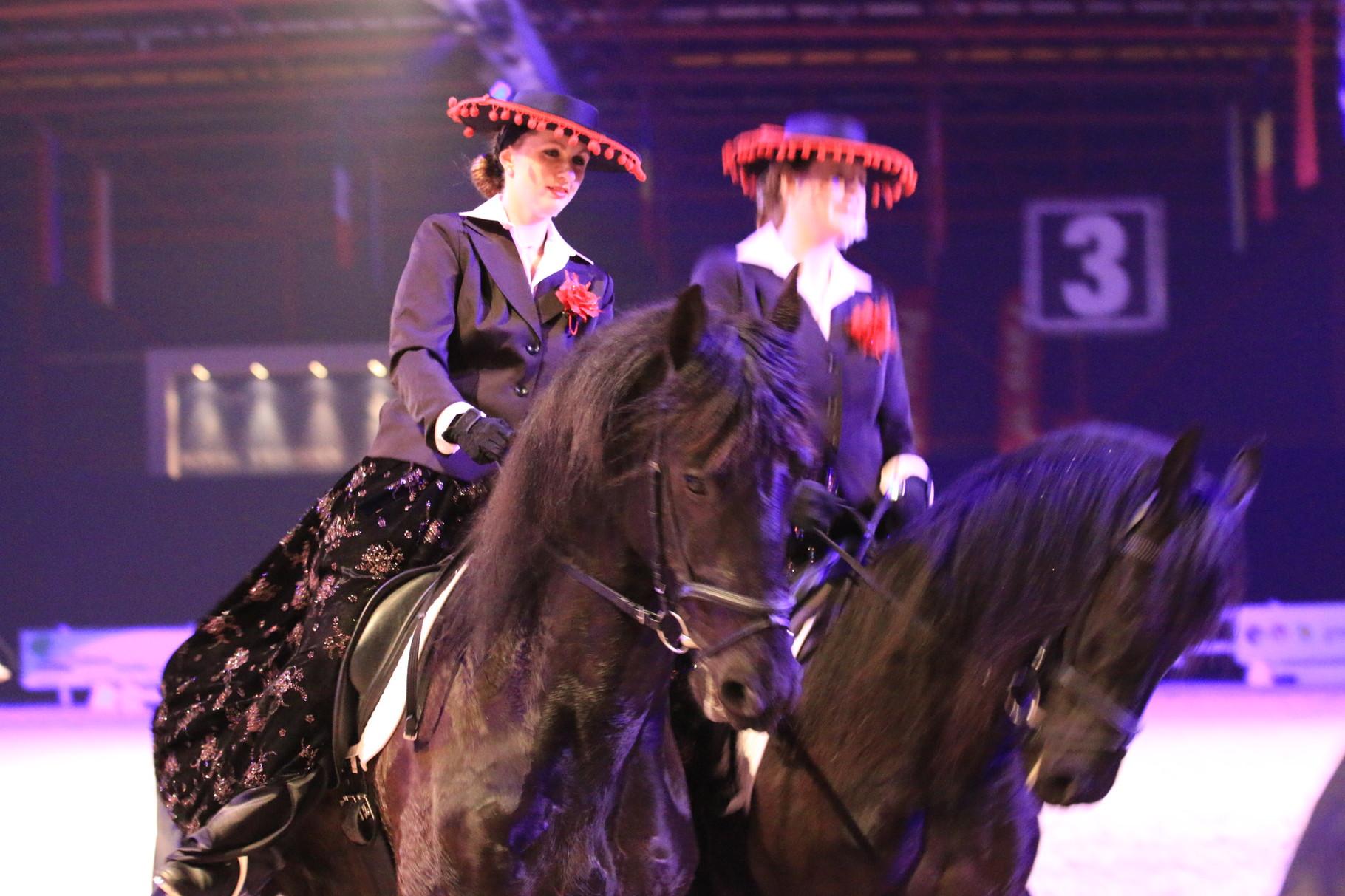 Theatershow met Erika Matterly voor de KFPS showavond Leeuwarden 2015