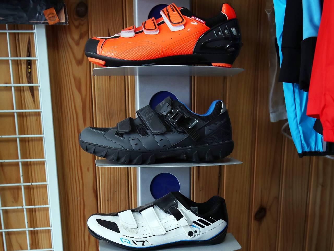 Chaussures vélo route ou VTT