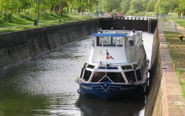 """Fahrgastschiff """"Wappen von Celle"""""""