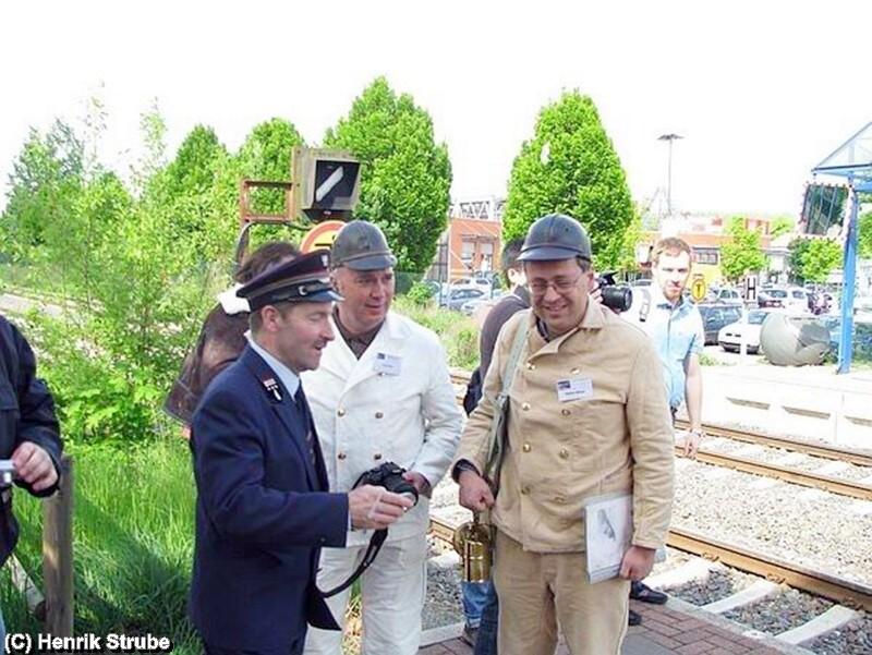 Informative Gespräche in einer Pause am Bahnhof von Salzgitter Bad