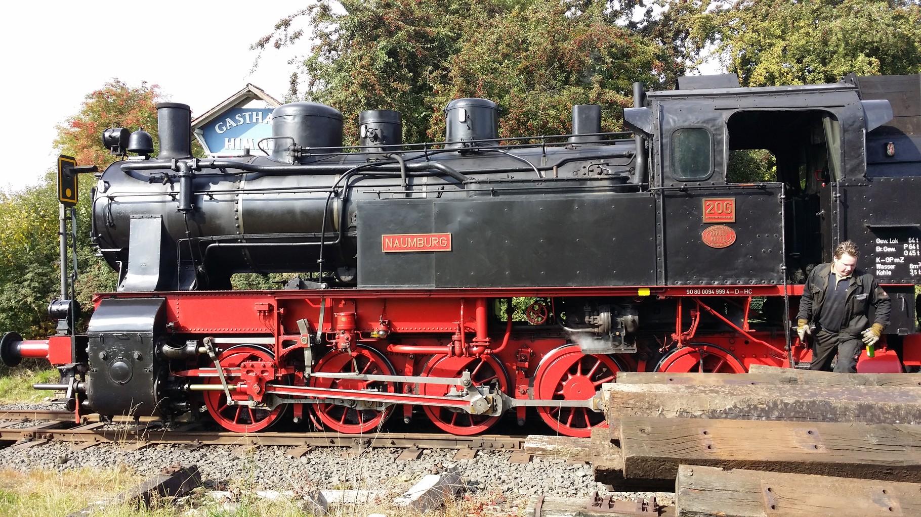 Dampflok HC 206 - Stand einst auf einem Betonsockel der Stadt Naumburg