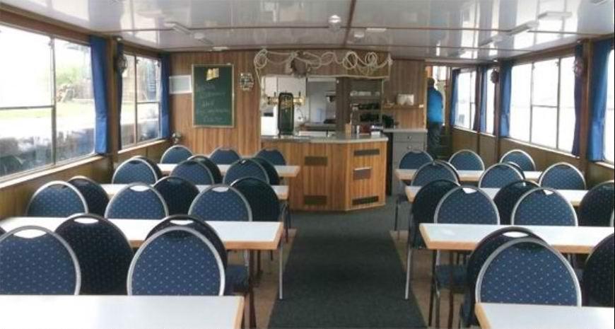 Bord-Restaurant