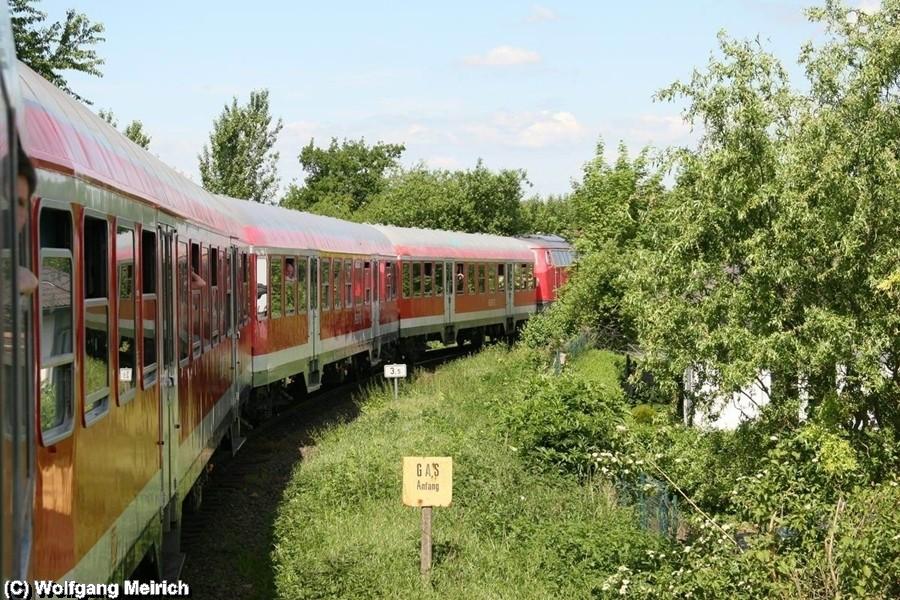 Im Industriegebiet von Salzgitter Lebenstedt warten auf die erste Parallelfahrt