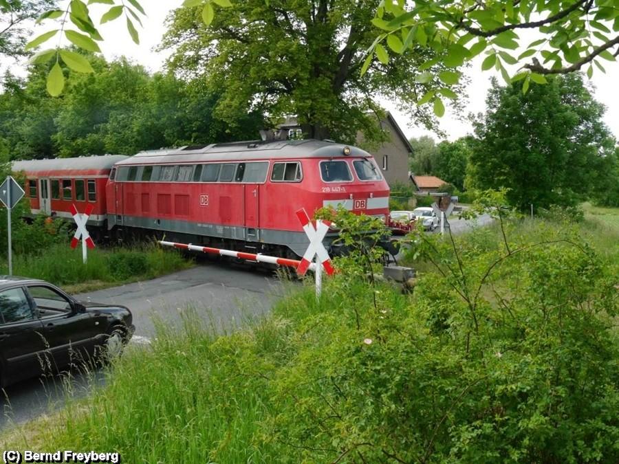 Schranken runter für den Regional Express von Salzgitter Bad nach Börßum