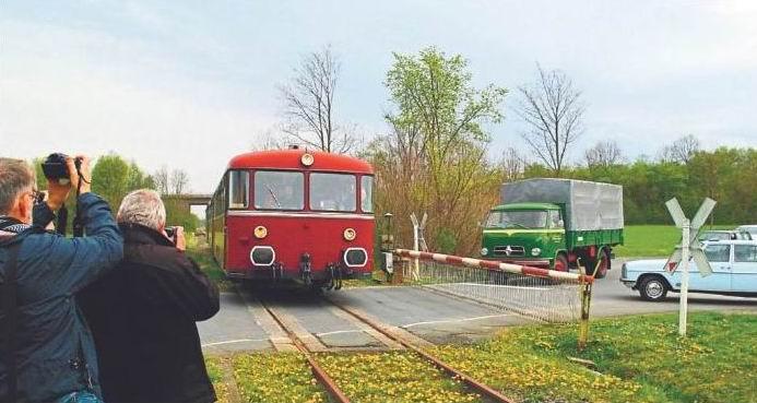 Mit dem Schienenbus zurück in die 60er – fühl's noch einmal / Rückblick