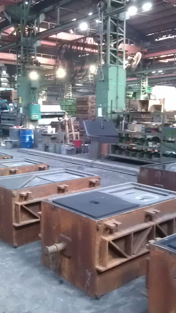 Sand mould ready for receiving high quality molten cast iron
