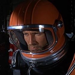 """Szenenfoto aus dem Film """"Unfall im Weltraum"""" (Doppelgänger/Journey to the Far Side of the Sun, GB 1969) von Robert Parrish"""