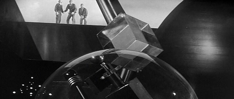 """Szenenfoto aus """"Kronos"""" (USA 1957) von Kurt Neumann; das Innere von Kronos"""