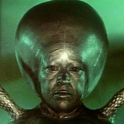 """Luce Potter in einem Szenenfoto aus dem Film """"Invasion vom Mars"""" (Invaders from Mars, USA 1953)"""