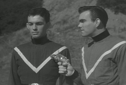 Teenagers from Outer Space (USA 1959) Szenenfoto mit David Love und Bryan Pearson