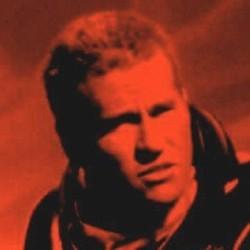 """Val Kilmer in einem Ausschnitt vom Kinoplakat zu dem Film """"Red Planet"""" (USA 2000) von Anthony Hoffman"""