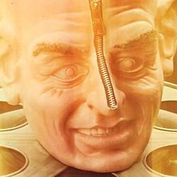 """Ausschnitt vom Buchcover von dem Film-Sachbuch """"Future Tense"""" (1978) von John Brosnan"""