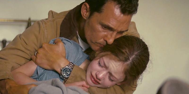 """Szenenfoto aus dem Film """"Interstellar"""" (USA 2014) von Christopher Nolan; Matthew McConaughey und Mackenzie Foy"""