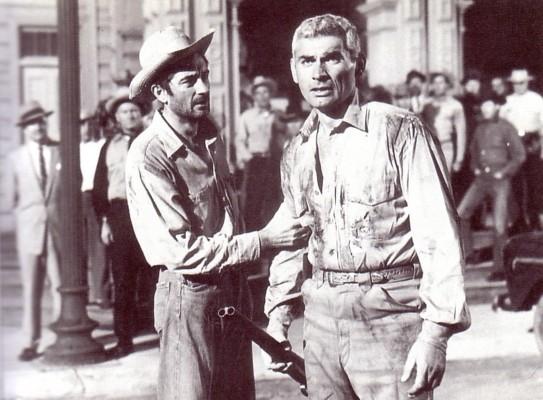 """Royal Dano und Jeff Chandler in Arnolds """"Des Teufels Lohn"""" (1957)"""