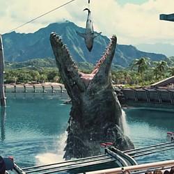 "Szenenfoto aus dem Film ""Jurassic World"" (USA 2015); Mosasaurus"