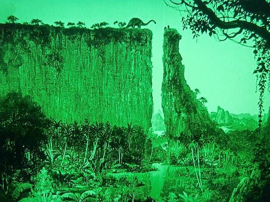 """Szenenbild aus dem Spielfilm """"Die verlorene Welt"""" (The Lost World, USA 1925) von Harry O. Hoyt und Willis O'Brien; das Hochplateau im Stil von Gustave Doré"""
