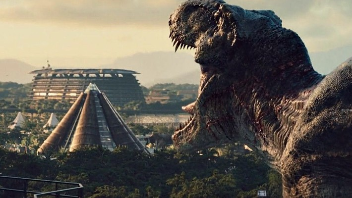 "Szenenfoto aus dem Film ""Jurassic World"" (USA 2015); Tyrannosaurus Rex"