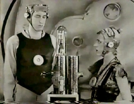 "Szenenfoto aus dem Kurzfilm ""Buck Rogers in the 25th Century"" (USA 1934) mit John Dille Jr. als Buck Rogers"