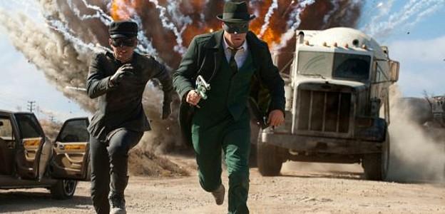 The Green Hornet (USA 2011) Szenenbild mit Jay Chou und Seth Brogen in Action
