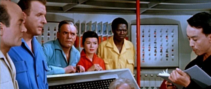 """Szenenbild aus dem Film """"Der schweigende Stern"""" (DDR/Polen 1960) von Kurt Maetzig; mit Yoko Tani"""