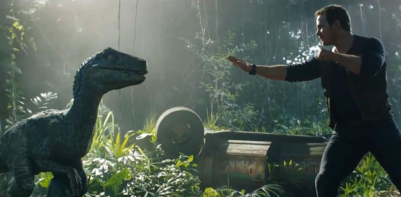 """Szenenfoto aus dem Film """"Jurassic World: Das gefallene Königreich"""" (Jurassic World: Fallen Kingdom, USA 2018); Chris Pratt"""