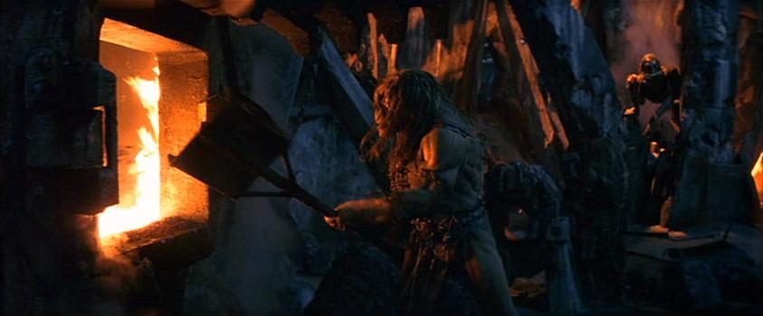 """Szenenfoto aus dem Film """"The TIme Machine"""" (USA 2002) von Simon Wells; die Morlock-Höhlen"""