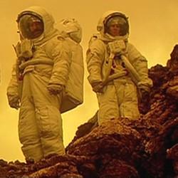 """Szenenfoto aus dem Film """"Naufrágos -- Gestrandet"""" (Spanien 2001)"""