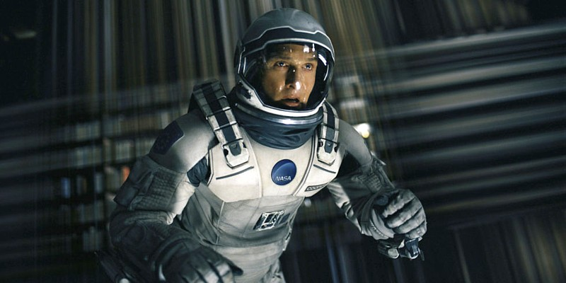 """Szenenfoto aus dem Film """"Interstellar"""" (USA 2014) von Christopher Nolan; Matthew McConaughey im Tesserakt"""