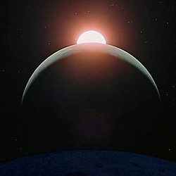 """Szenenfoto aus dem Film """"2001: Odyssee im Weltraum"""" von Stanley Kubrick (2001: A Space Odyssey, GB/USA 1968); Konjunktion von Sonne, Erde und Mond"""