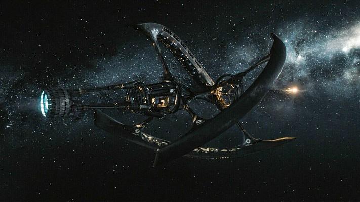 """Szenenfoto aus dem Film """"Passengers"""" (USA 2016) von Morten Tyldum; das Raumschiff Avalon"""
