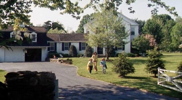 """Szenenfoto aus dem Film """"Die Frauen von Stepford"""" (The Stepford Wives, USA 1975) von Bryan Forbes"""
