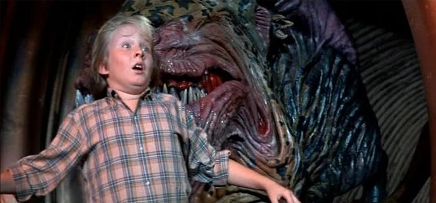 """Szenenfoto mit Hunter Carson aus dem Film """"Invasion vom Mars"""" (Invaders from Mars, USA 1986) von Tobe Hooper"""