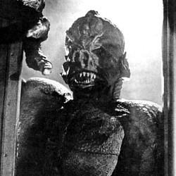 "Das Monster aus dem Film ""It! The Terror from Beyond Space"" (USA 1958)"