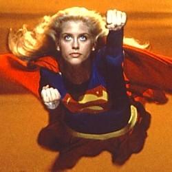 """Szenenfoto aus dem Film """"Supergirl"""" (GB/USA 1984) von Jeannot Swarc; Helen Slater als Supergirl"""