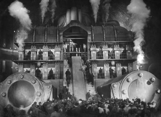 Metropolis (1927) DVD Szenenfoto von der M-Maschine mit den Arbeitern