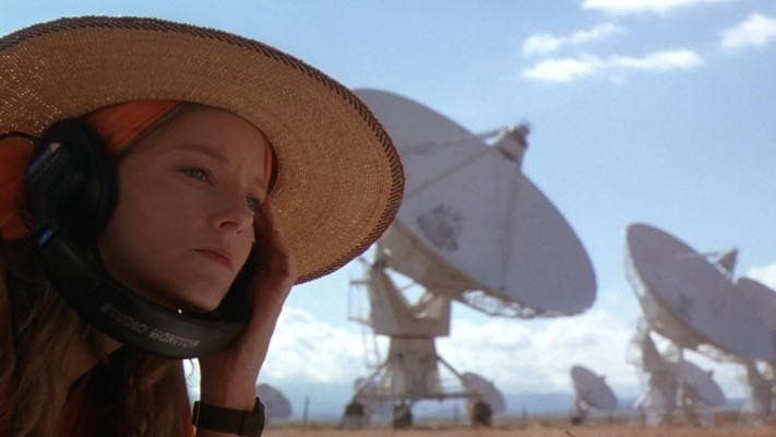 Jodie Foster in Contact (1997) vor dem Very Large Array in New Mexico