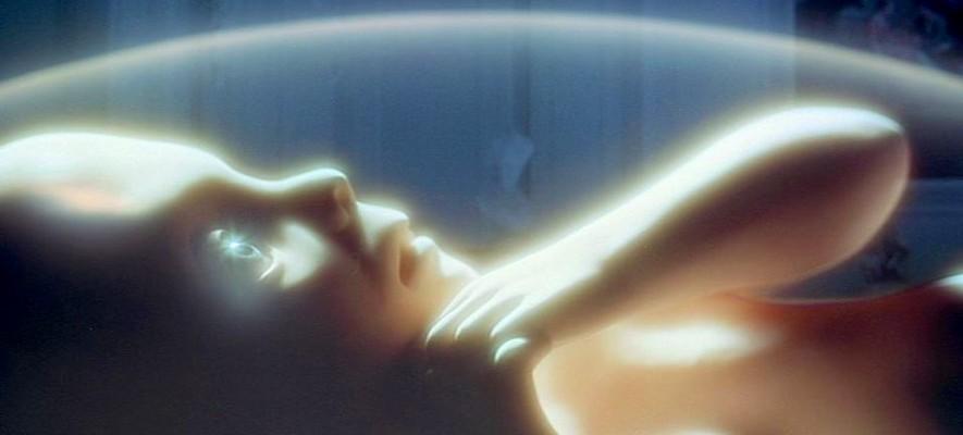 """Szenenfoto aus dem Film """"2001: Odyssee im Weltraum"""" von Stanley Kubrick (2001: A Space Odyssey, GB/USA 1968); das Star Child"""
