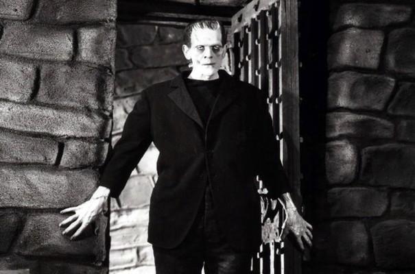 """Szenenfoto aus dem Film """"Frankenstein"""" (USA 1931) von James Whale mit Boris Karloff als Frankensteins Monster"""