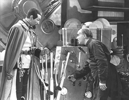 "Szenenfoto aus dem Kinoserial ""Flash Gordon Conquers the Universe"" (USA 1940); Charles Middleton als Ming und Michael Mark"