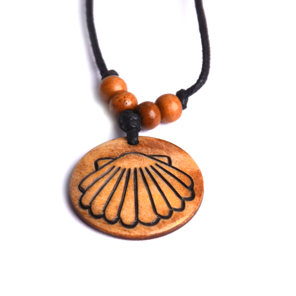 ***exclusive*** pendant scallop round