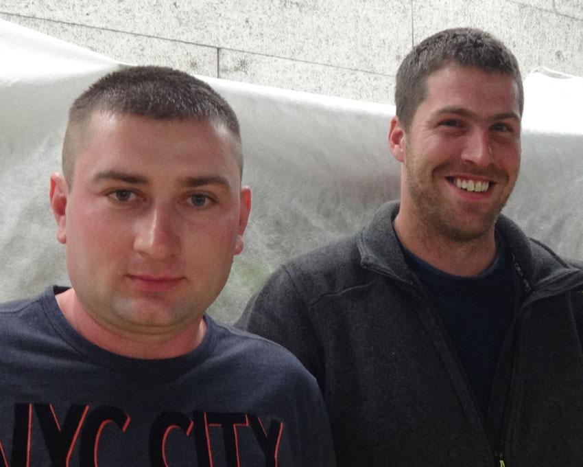 So schnell vergeht die Zeit: 15 Jahre Firmentreue: Rajko Blagojevic (l.) und Ruedi Lagler (r.)