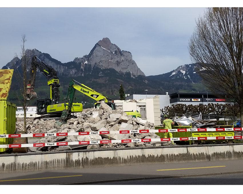 6. April 2018: Die letzten Mauerreste...